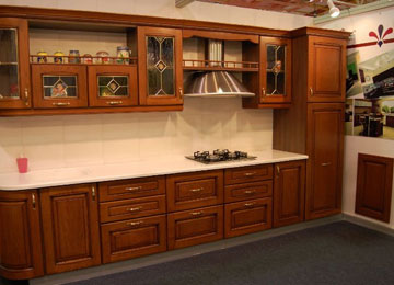 Large and Efficient Storage Kitchens